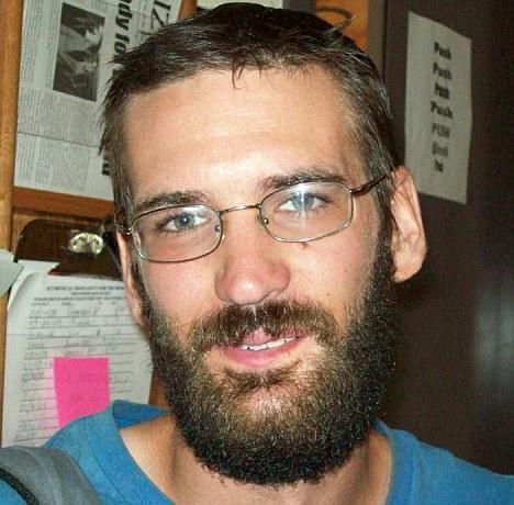 Toth Eric Justin 11.jpg